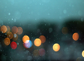 rain over street lights /  silent shot